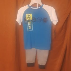 Reebok 2 piece set, T-shirt in Blue and Gray Pants